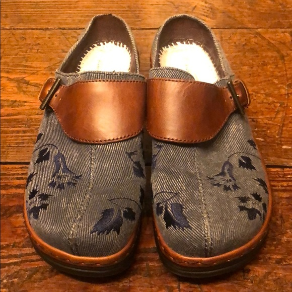 Klogs Shoes - Klogs | denim look embroidered clog
